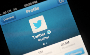 Twitter Rolls Out Video Sharing and Group Chat Features